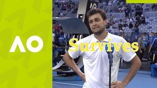 #Tennisvideomemes(AO2021 Karatsev Выживает)  Bull