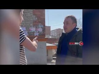 Мелочь,а неприятно. Во Владивостоке таксист разозлился из-за  денег, которые ему дали за проезд